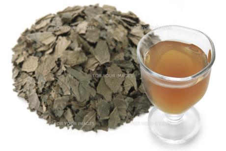 トチュウ茶の素材 [FYI01152043]