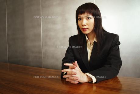 ビジネスウーマンイメージの素材 [FYI01153027]