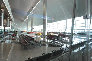 ドバイ国際空港の出発ロビーの素材 [FYI01153778]