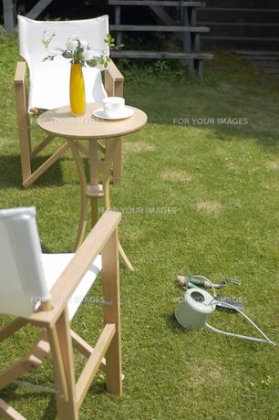 芝生のテラスの素材 [FYI01156986]
