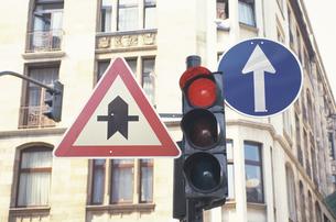 交通標識の素材 [FYI01158673]