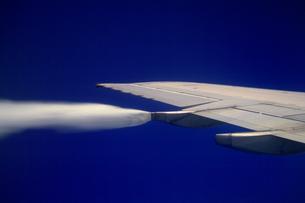 飛行機の翼の素材 [FYI01158738]