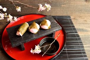 桜餅の写真素材 [FYI01158820]