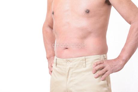 健康体シニアの上半身の写真素材 [FYI01159173]