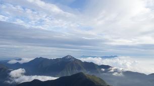 雲海 北岳の写真素材 [FYI01159377]