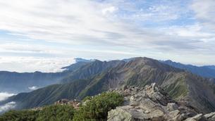 山頂 雲海の写真素材 [FYI01159394]