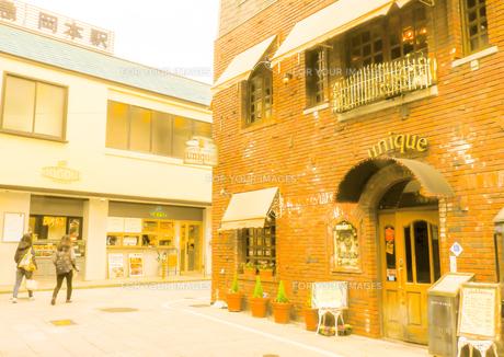 神戸岡本散歩の写真素材 [FYI01159637]