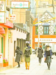 神戸岡本散歩の写真素材 [FYI01159645]