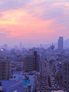 黄昏の街の写真素材 [FYI01159743]