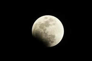 皆既月食の写真素材 [FYI01161210]