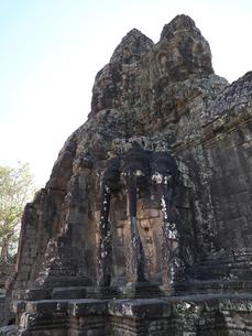 世界遺産 カンボジア アンコールトム南大門の写真素材 [FYI01161694]
