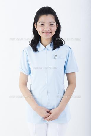 若い女性の医療従事者の写真素材 [FYI01162048]