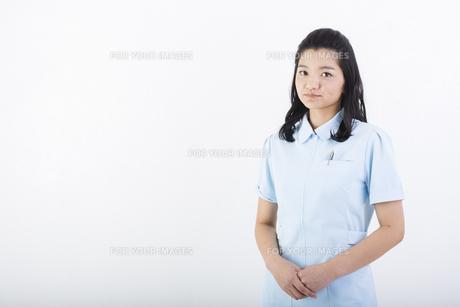 若い女性の医療従事者の写真素材 [FYI01162074]