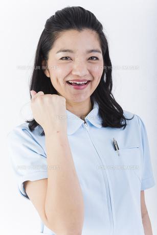 明るい女性の医療従事者の写真素材 [FYI01162102]