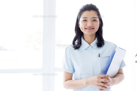 笑顔の医療従事者の写真素材 [FYI01162104]