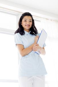 笑顔の医療従事者の写真素材 [FYI01162113]