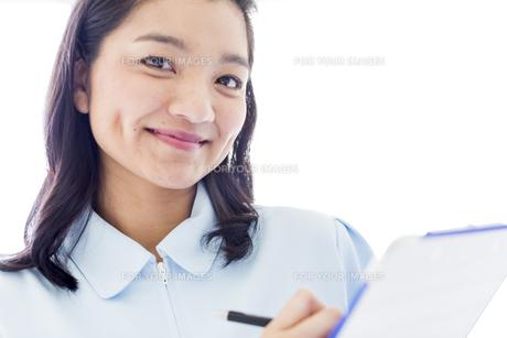 笑顔の医療従事者の写真素材 [FYI01162123]