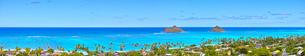 ハワイ、ピルボックス・トレイルから見たラニカイビーチのパノラマの写真素材 [FYI01162188]