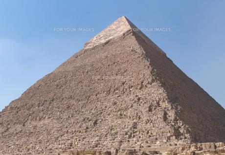 エジプト ギザのカフラー王のピラミッドの写真素材 [FYI01162282]