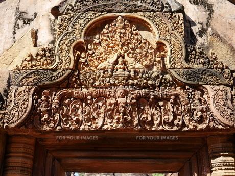 カンボジア バンテアイ・スレイ遺跡の写真素材 [FYI01162332]