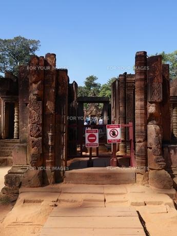 カンボジア バンテアイ・スレイ遺跡の写真素材 [FYI01162334]