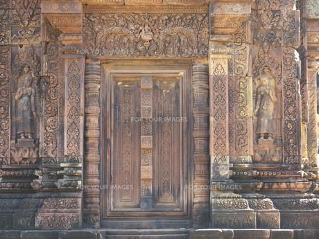 カンボジア バンテアイ・スレイ遺跡の写真素材 [FYI01162337]