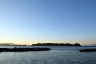 紀伊水道の夕焼け前の写真素材 [FYI01162815]