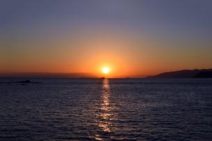 紀伊水道の夕焼けの写真素材 [FYI01162821]