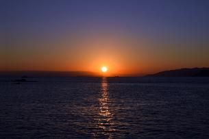 紀伊水道の夕焼けの写真素材 [FYI01162823]