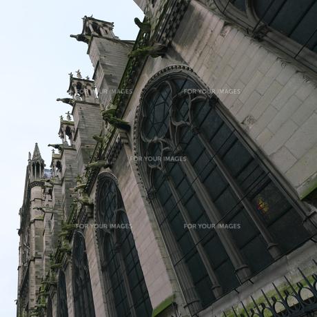 フランスの教会のガーゴイルの写真素材 [FYI01163276]