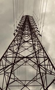 鉄塔の写真素材 [FYI01165850]