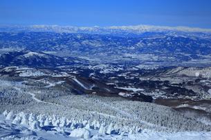 冬の山形蔵王の写真素材 [FYI01165936]