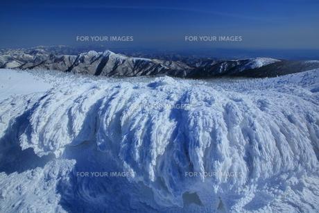 冬の山形蔵王の写真素材 [FYI01165958]