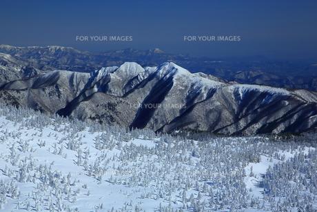 冬の山形蔵王の写真素材 [FYI01166261]