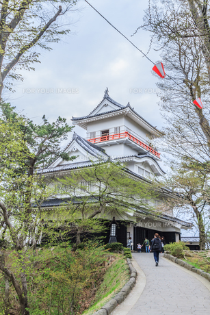 春の久保田城の御隅櫓の風景の写真素材 [FYI01166533]