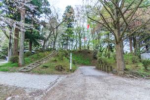 春の久保田城の帯曲輪門跡の風景の写真素材 [FYI01166534]
