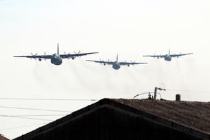 小牧基地 C130輸送機の写真素材 [FYI01166809]