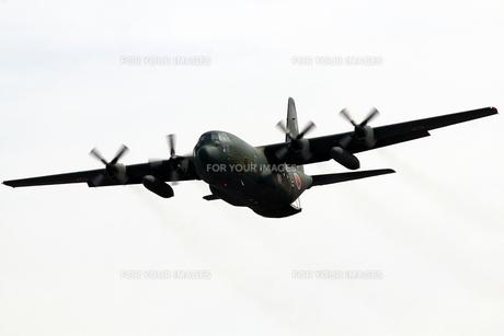 小牧基地 C130輸送機の写真素材 [FYI01166811]
