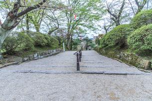 春の久保田城の裏門跡の風景の写真素材 [FYI01166856]