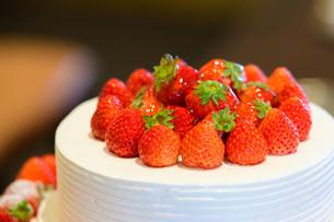 いちごのケーキの写真素材 [FYI01167592]