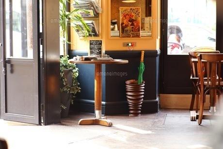 カフェのカウンターの写真素材 [FYI01168148]