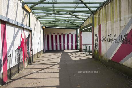 背景  背景素材 路地 路地素材 海外 ヨーロッパ 欧州 イギリス サウサンプトンの写真素材 [FYI01168452]