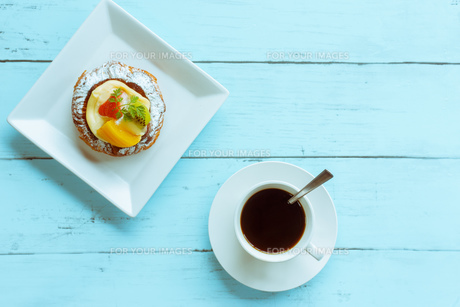 デザートとコーヒーの写真素材 [FYI01168636]