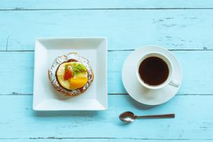 デザートとコーヒーの写真素材 [FYI01168638]