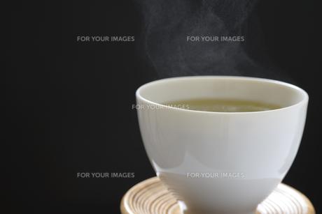温かい日本茶の写真素材 [FYI01169736]