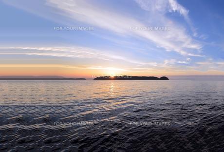 加太瀬戸内海国立公園に広がる海の写真素材 [FYI01170330]