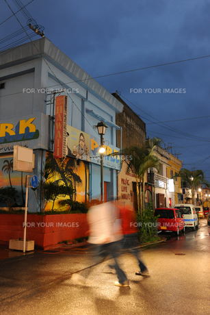 沖縄金武街景の写真素材 [FYI01171805]