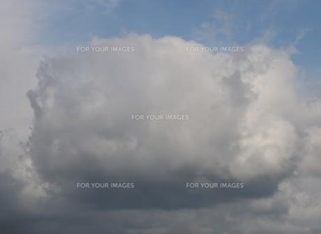 雲の写真素材 [FYI01174972]