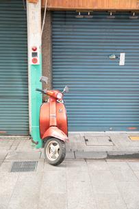 オートバイのある風景の写真素材 [FYI01175295]