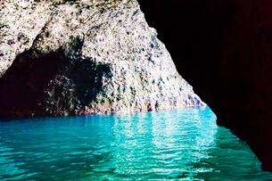 青の洞窟 北海道小樽市の写真素材 [FYI01175653]